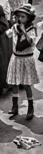 16773u2aidgF2 little girl